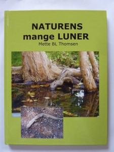 Fotobog: NATURENS mange LUNER